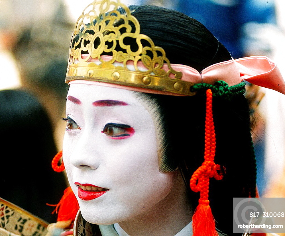 Japan, Kansai, Kyoto, Jidai Matsuri, festival, woman in historical costume,