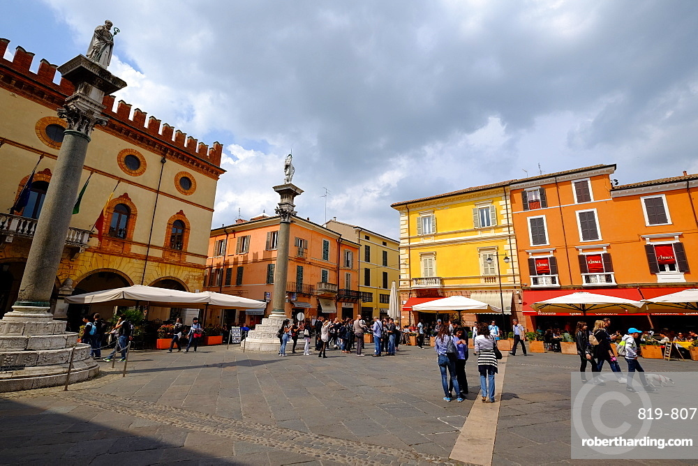 Piazza del Popolo, Ravenna, Italy, Europe