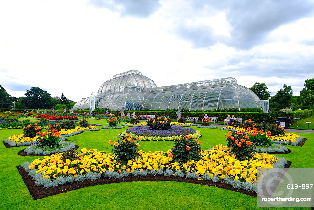 The Palm House and Parterre, Kew Gardens, UNESCO World Heritage Site, London, England, United Kingdom, Europe