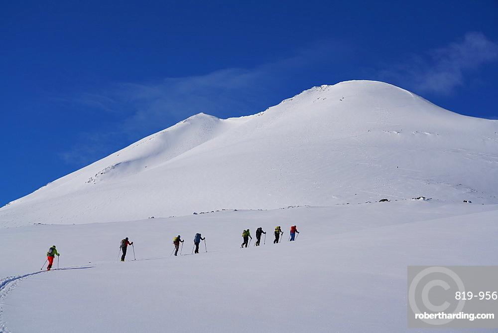 Ski touring in the Lyngen Alps, Lyngen peninsula, Troms County, Norway, Europe