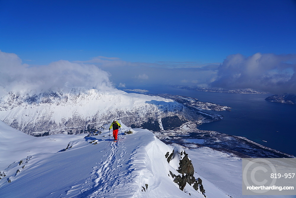 Ski touring in the Lyngen Alps, Lyngseidet, Lyngen peninsula, Troms County, Norway, Europe