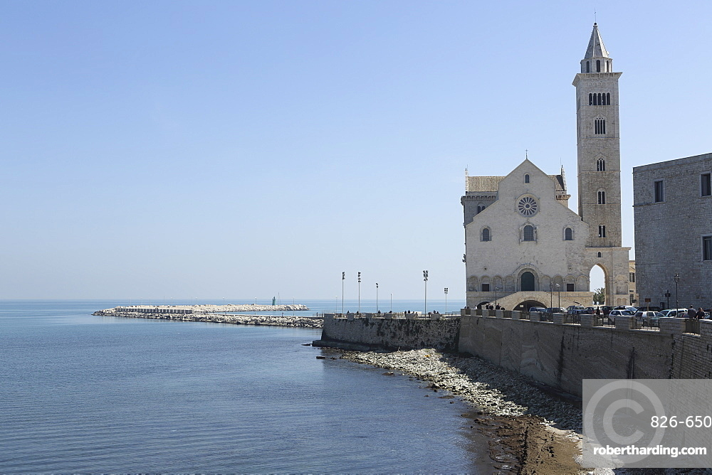 The Adriatic Sea, harbour wall and Cathedral of St. Nicholas the Pilgrim (San Nicola Pellegrino) in Trani, Apulia, Italy, Europe