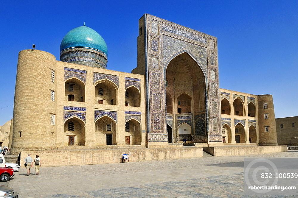 Mir-i, Miri Arab madrassah, Bukhara, Buchara, Silk Road, Unesco World Heritage Site, Uzbekistan, Central Asia