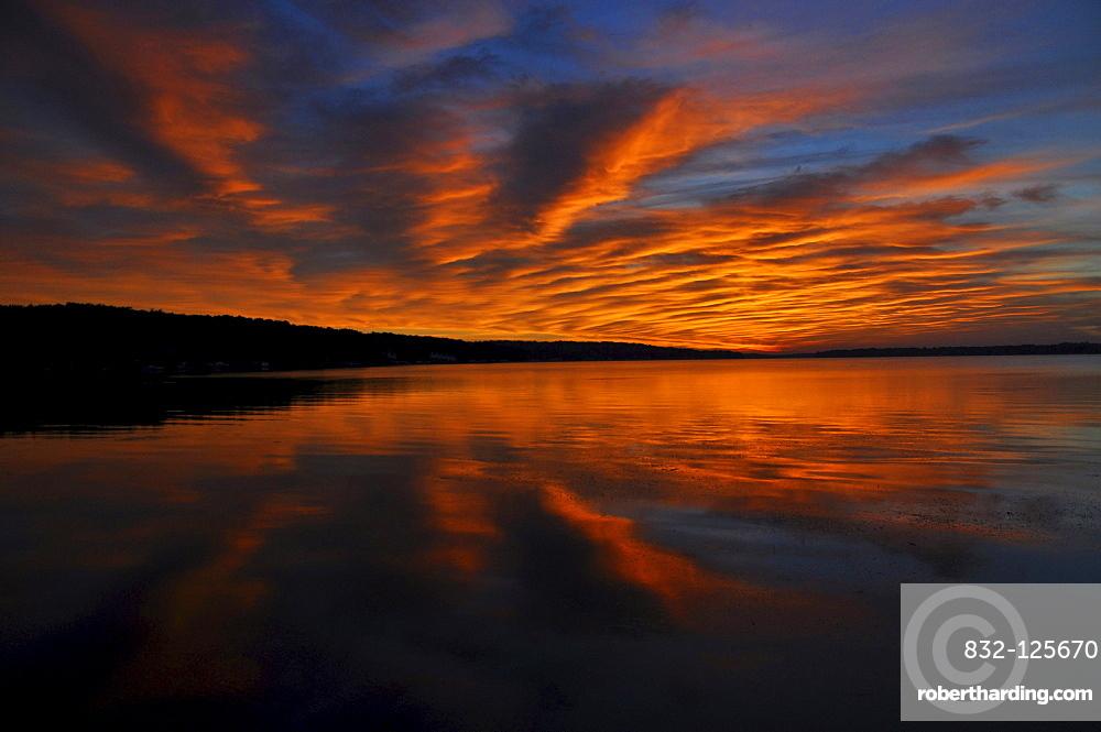 Sunrise, Pewaukee Lake, Wisconsin, USA