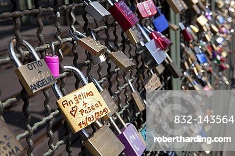 Love locks on the Hohenzollern Bruecke bridge, Cologne, North Rhine-Westphalia, Germany, Europe