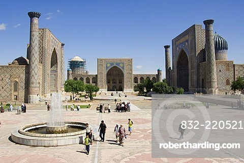 Registan with the medressa Ulugh Beg, Tilla Kari and Sher dar, Samarkand, UNESCO World Heritage Site, Uzbekistan