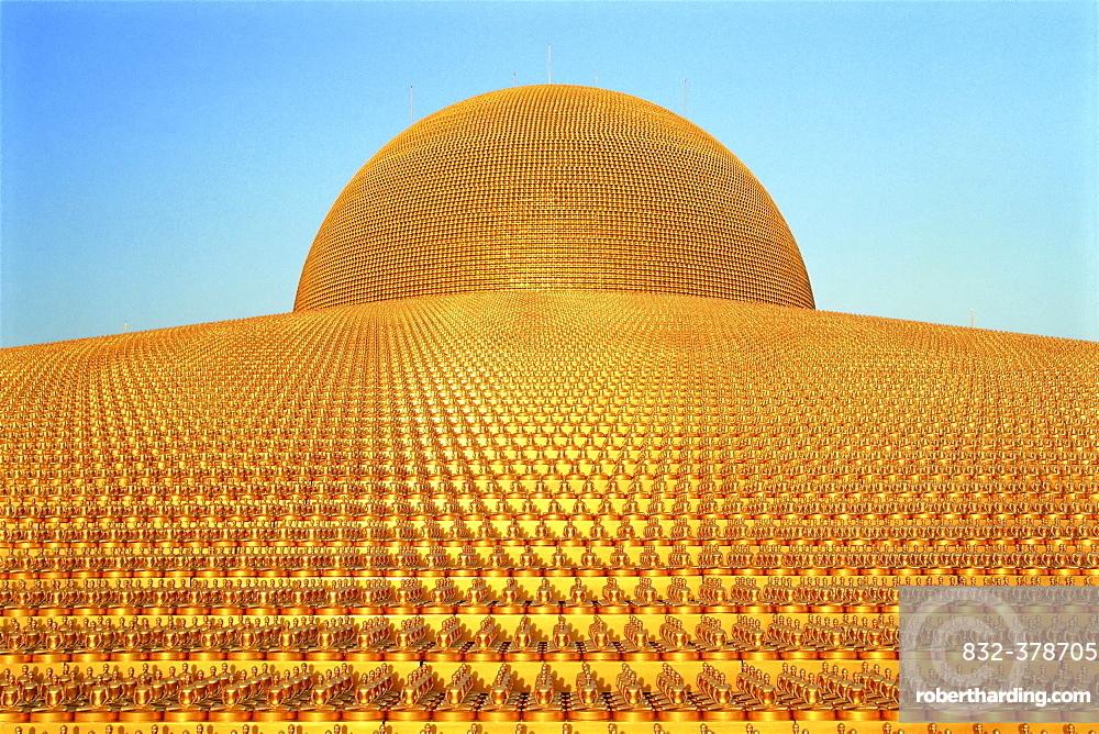 Buddhist Temple Wat Phra Dhammakaya Stock Photo