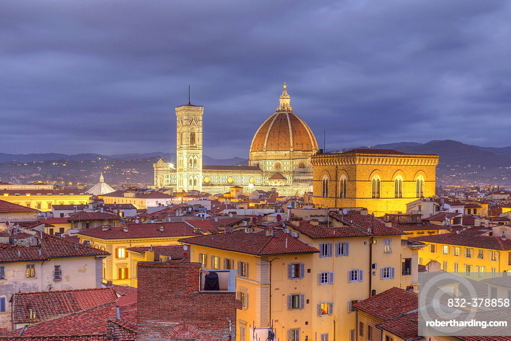 View over Florence with Cathedral Duomo Santa Maria del Fiore and church Orsanmichele at dusk, Florence, Tuscany, Italy, Europe