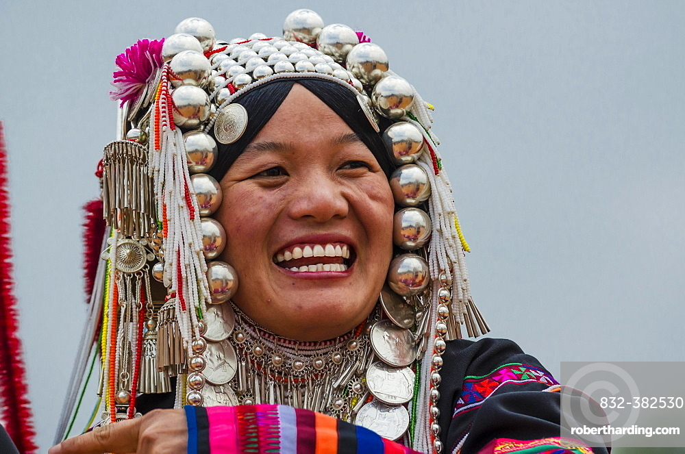 Traditionally dressed woman from the Akha people, hill tribe, ethnic minority, portrait, Chiang Rai Province, Northern Thailand, Thailand, Asia
