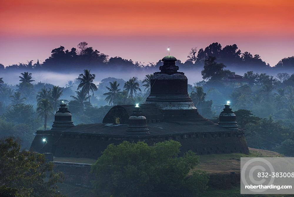 Htukanthein, Dukkanthein or Htoekanthein Temple at twilight, blue hour, Mrauk U, Sittwe District, Rakhine State, Myanmar, Asia