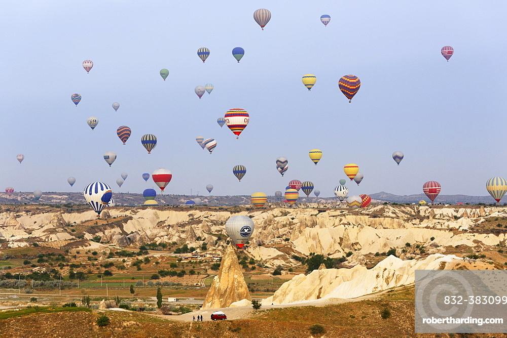 Hot air balloons, Goreme National Park, Cappadocia, Central Anatolia Region, Anatolia, Turkey, Asia