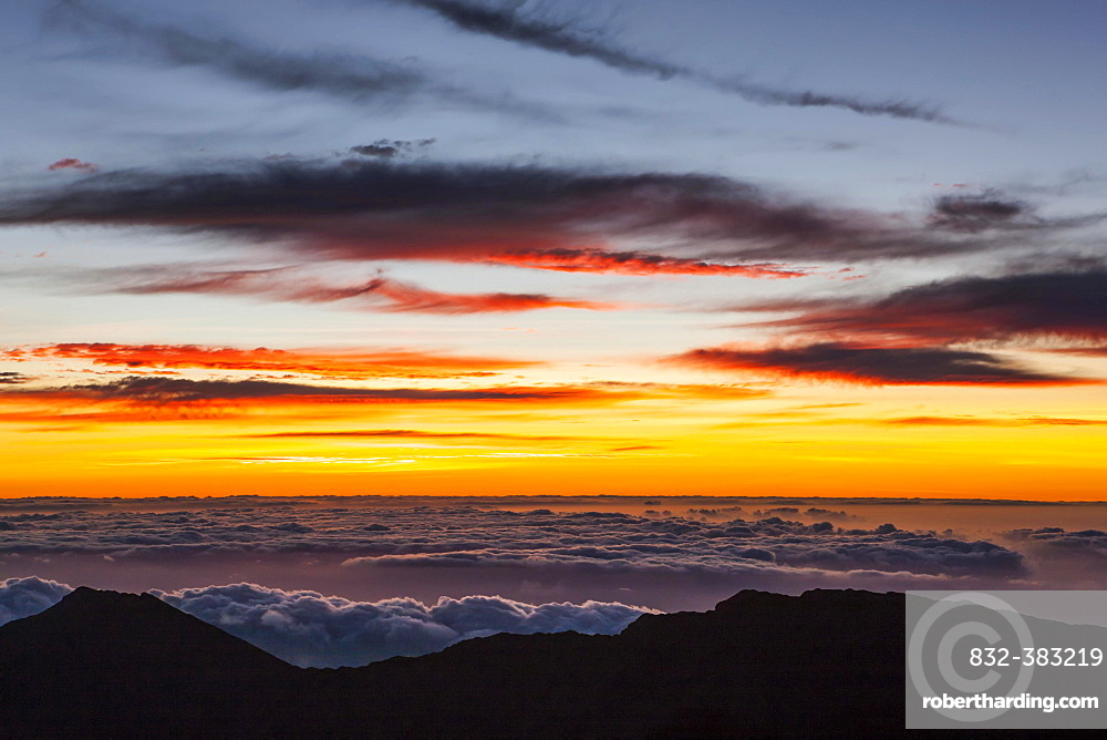Sunrise at Haleaka Summit, Maui, Hawaii, United States, North America