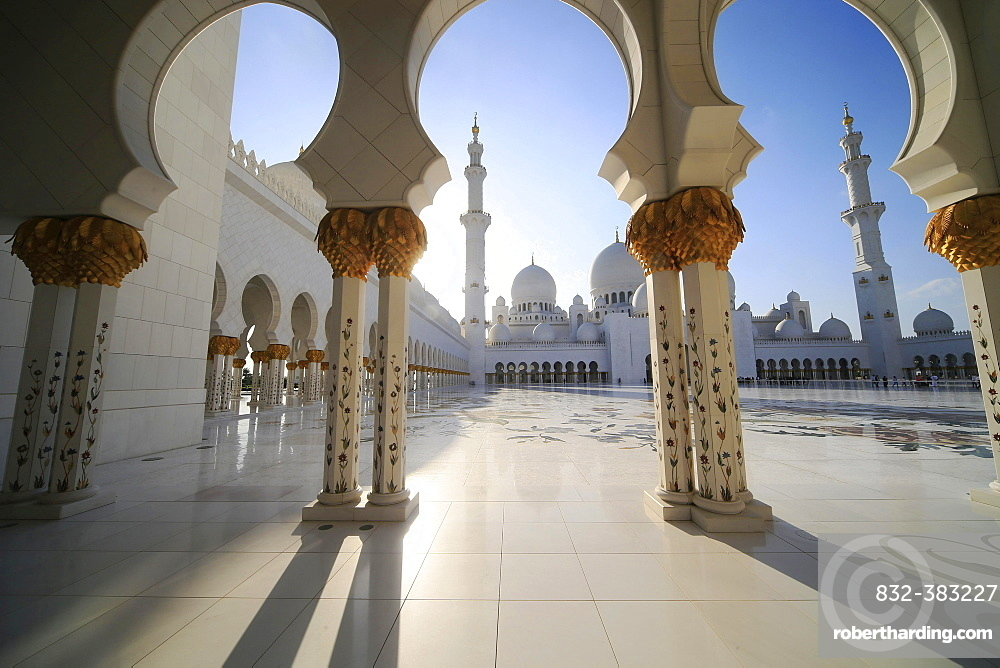 Sheikh Zayed Grand Mosque, Abu Dhabi, Emirate of Abu Dhabi, United Arab Emirates, Asia