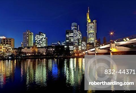Skyline of Frankfurt at night, star effect, Commerzbank, Hessische Landesbank, Deutsche Bank, European Central Bank, Sparkasse, DZ Bank, Frankfurt am Main, Hesse, Germany, Europe, PublicGround