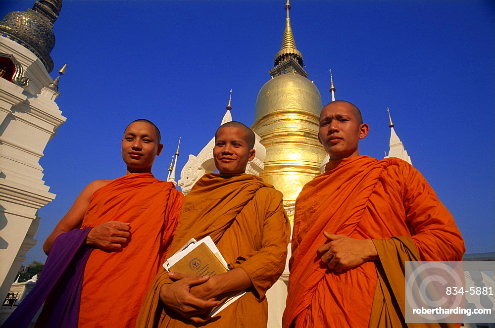 Monks at Wat Suan Dok, Chiang Mai, Thailand, Southeast Asia, Asia