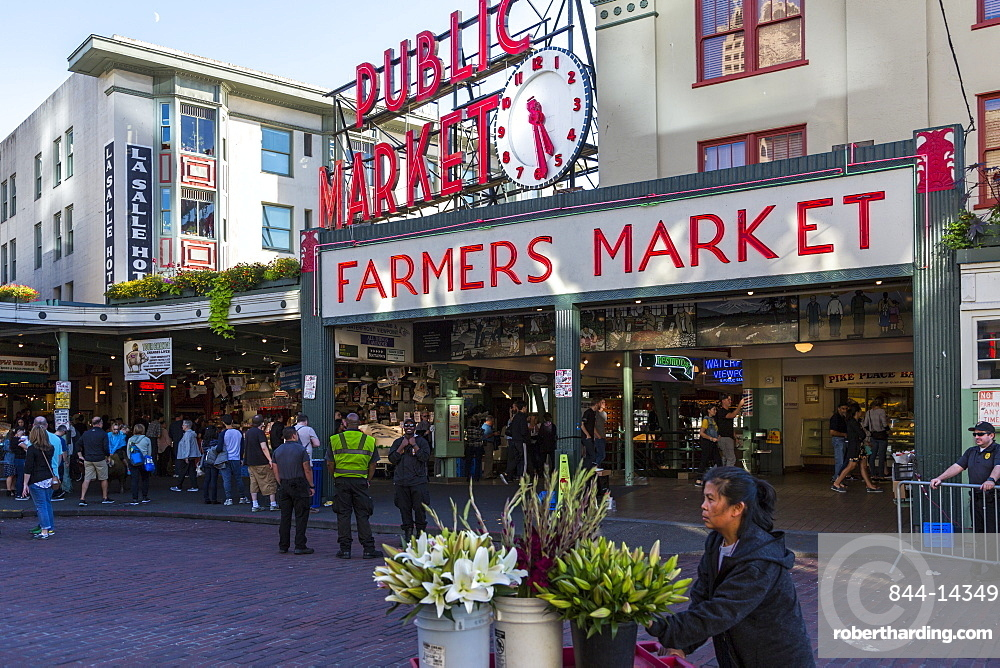 Farmers Market entance in Pike Place Market, Belltown District, Seattle, Washington State, United States of America, North America