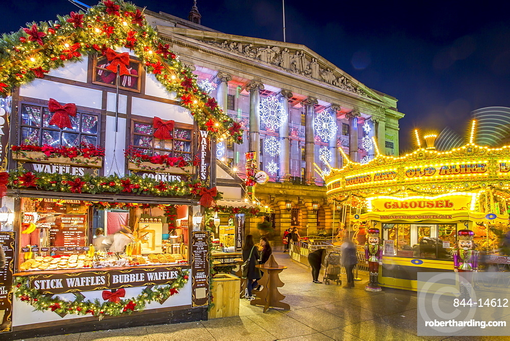 Christmas Market, Carousel and City Council Building on Old Market Square at dusk, Nottingham, Nottinghamshire, England, United Kingdom, Europe