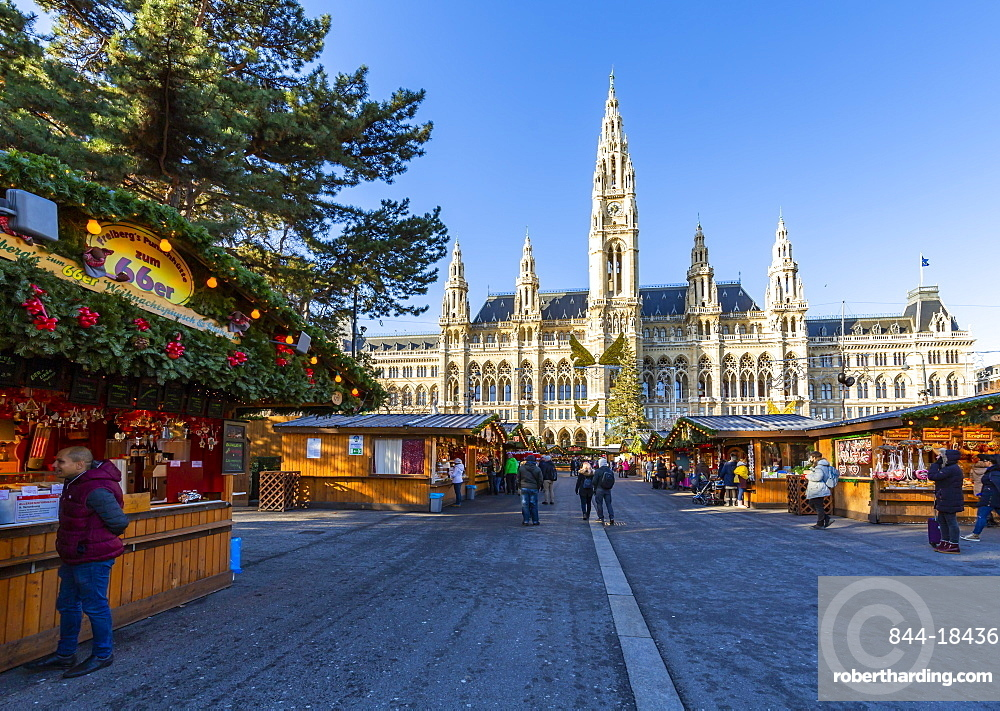 View of Rathaus and Christmas Market in Rathausplatz, Vienna, Austria, Europe