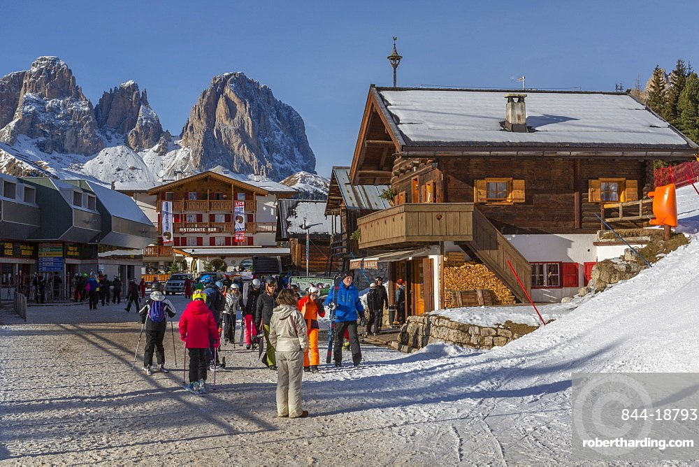 View of ski village at Pecol and Grohmannspitze Punta Grohmann in winter, Canazei, Val di Fassa, Trentino, Italy, Europe