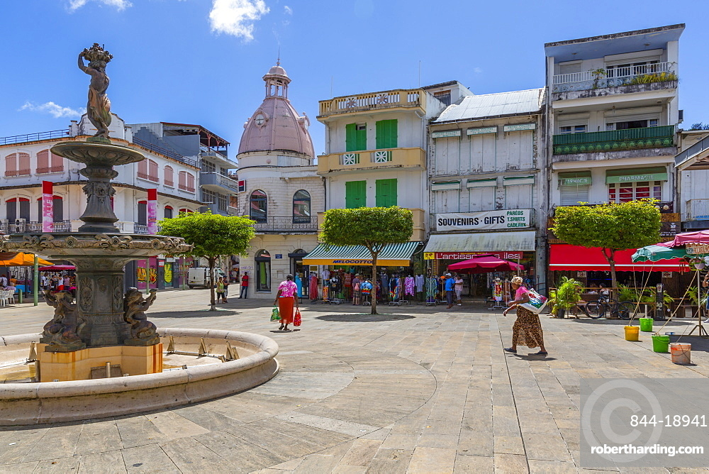 View of Spice Market Square and fountain, Pointe-a-Pitre, Guadeloupe, French Antilles, Caribbean, West Indies, Central America