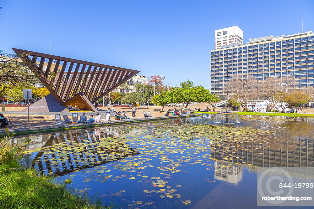 View of Rabin Square pond and Town Hall, Tel Aviv, Israel, Middle East