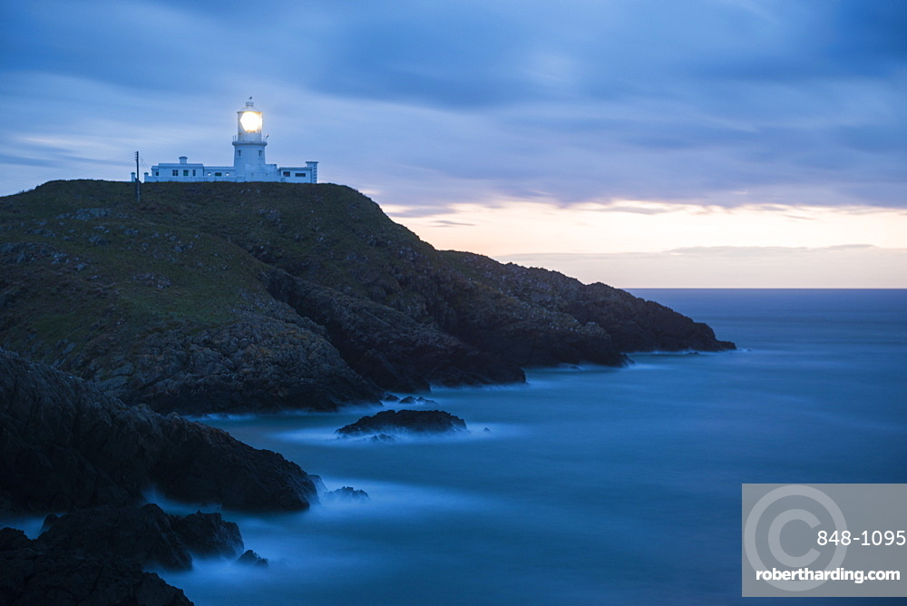 Strumble Head Lighthouse at dusk, Pembrokeshire Coast National Park, Wales, United Kingdom, Europe
