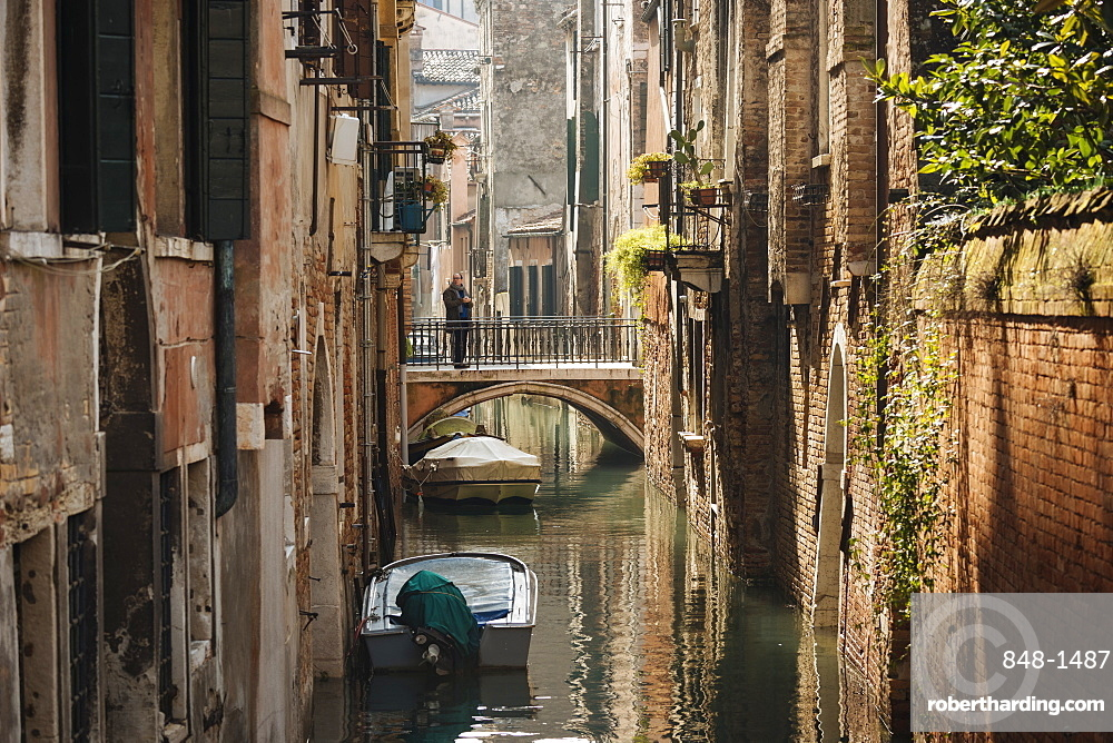 Canal, Venice, UNESCO World Heritage Site, Veneto Province, Italy, Europe