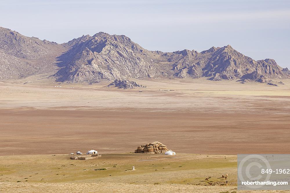 Khogno Khan mountain in Khogno Khan National Park, Mongolia, Central Asia, Asia