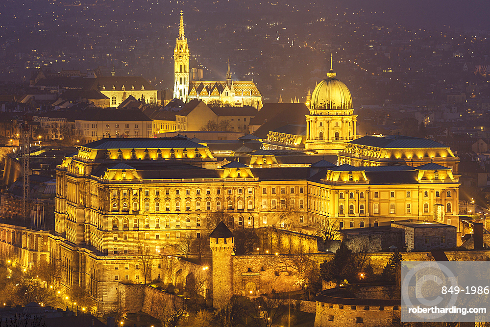 Buda Castle, the historic seat of the Hungarian kings in Budapest, dating from the 18th century, UNESCO World Heritage Site, Budapest, Hungary, Europe
