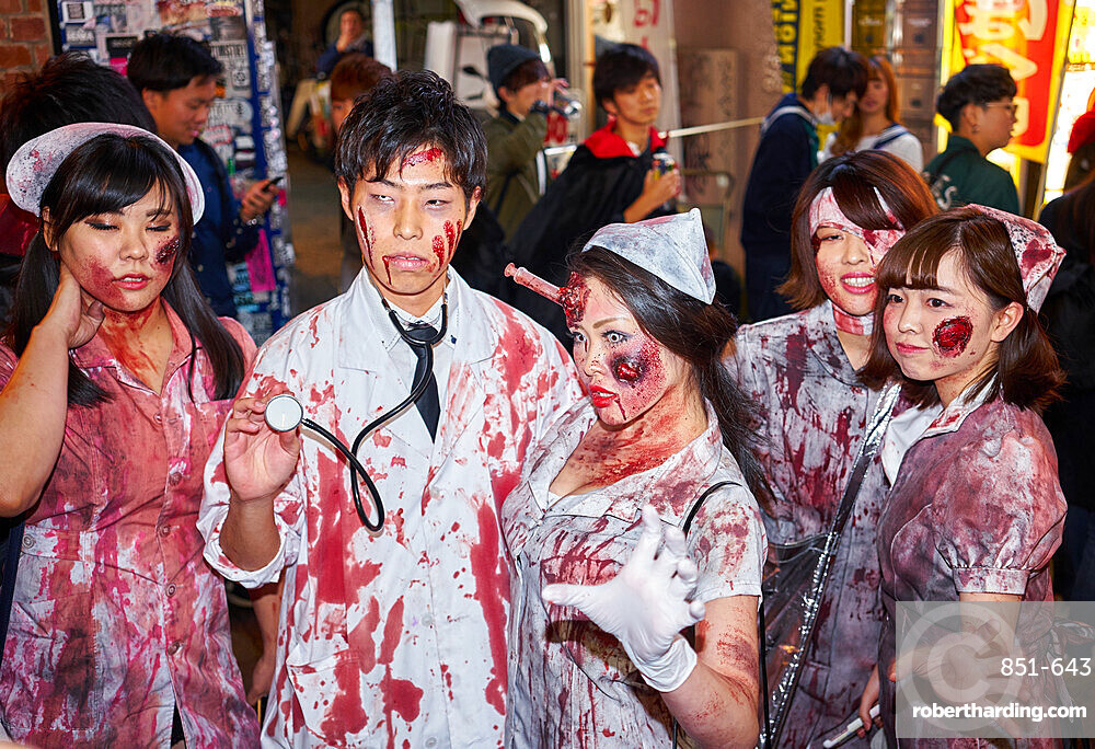 Doctors and nurses zombie costumesat the Halloween celebrations in Shibuya, Tokyo