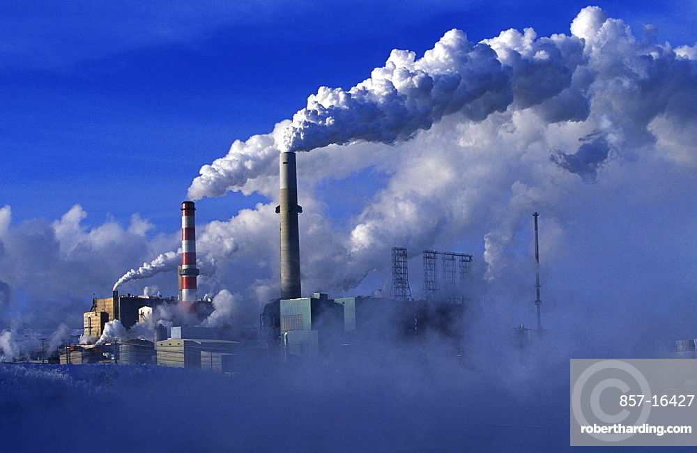 The Suncor oil sands plant in northern Alberta releases carbon dioxide into the air while processing oil.