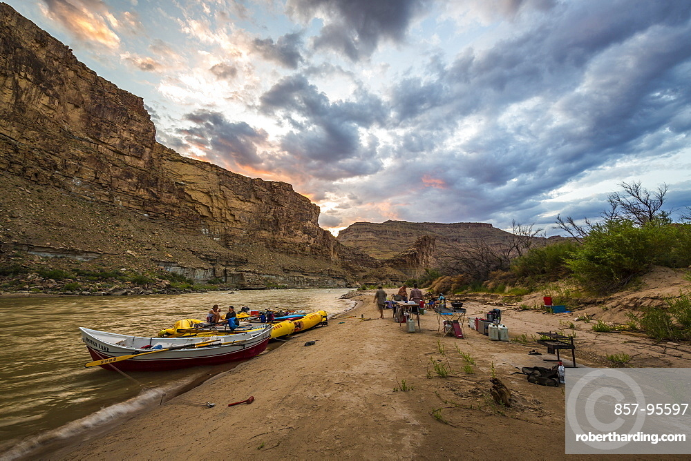 Scenic sunset at rafting trip camp, Desolation/Gray Canyon section, Utah, USA