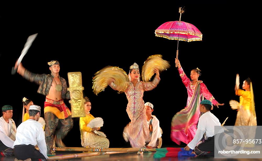 Group of Muslim dancers on stage, Villa Escudero, Manila, Laguna, Luzon Island, Philippines