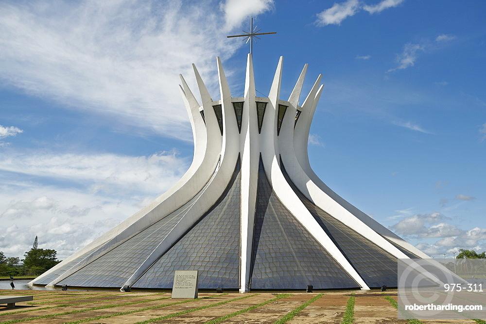 Metropolitan Cathedral designed by Oscar Niemeyer in 1959, Brasilia, UNESCO World Heritage Site, Brazil, South America