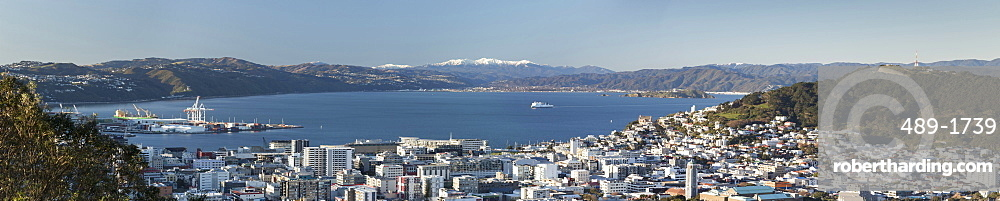 Wellington City, Harbour and Tararua Ranges, North Island, New Zealand, Pacific