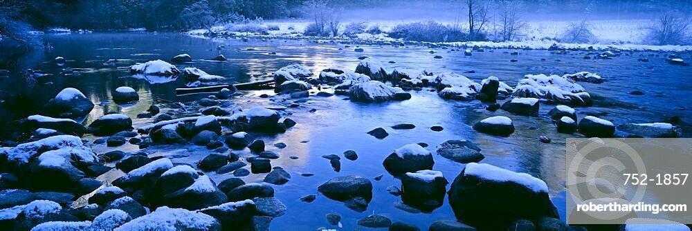 Rocks in a river, Yosemite River, Yosemite National Park, California, USA