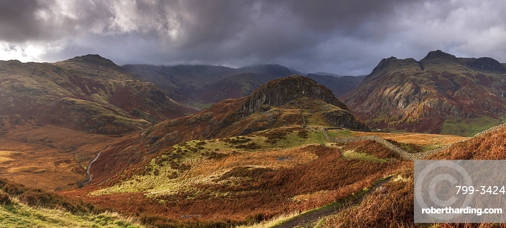 Dramatic mountain scenery in the Langdales, Lake District National Park, Cumbria, England, United Kingdom, Europe