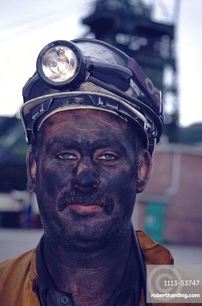Portrait of a miner, Tower Colliery deep mine, Hirwaun Glamorgan, Wales, Great Britain, Europe
