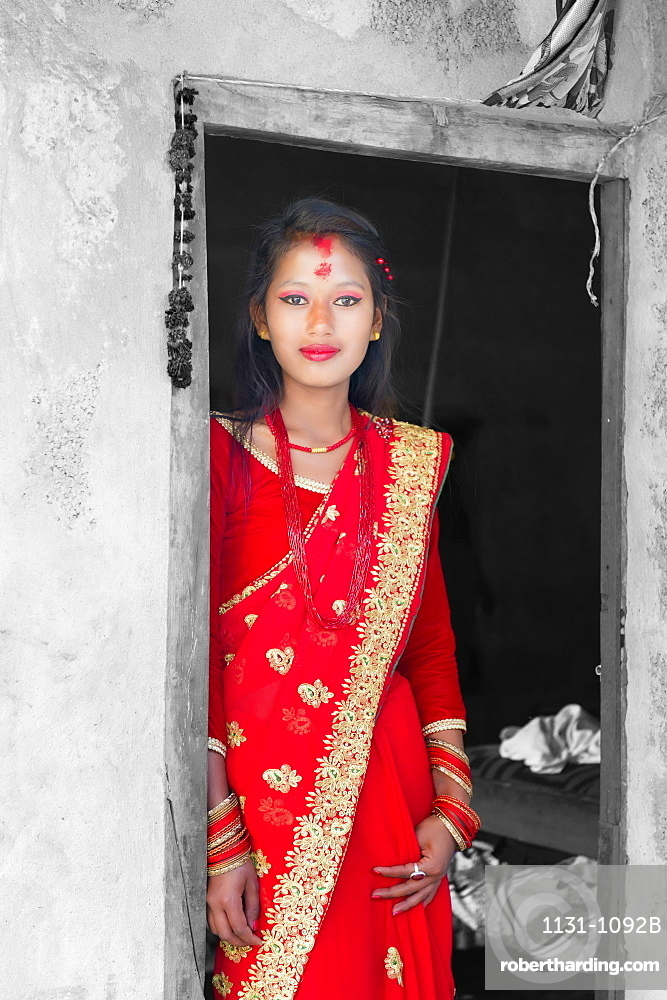 Nepalese woman of the Tharu ethnic group, portrait, Chitwan, Nepal, Asia