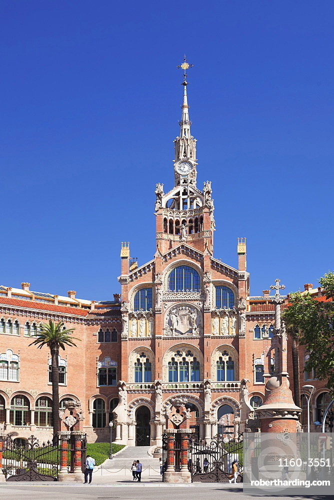 Hospital de la Santa Creu i Sant Pau (Hospital of the Holy Cross and St. Paul), Modernisme architect Lluis Domenech i Montaner, UNESCO World Heritage Site, Barcelona, Catalonia, Spain, Europe