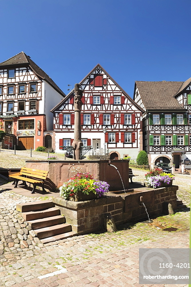 Half-timbered houses, market place, Schiltach, Black Forest, Kinzigtal Valley, Baden-Wuerttemberg, Germany