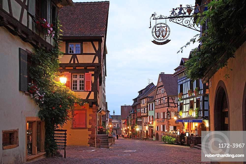 France, Alsace, Haut-Rhin, Riquewihr, Wine Road