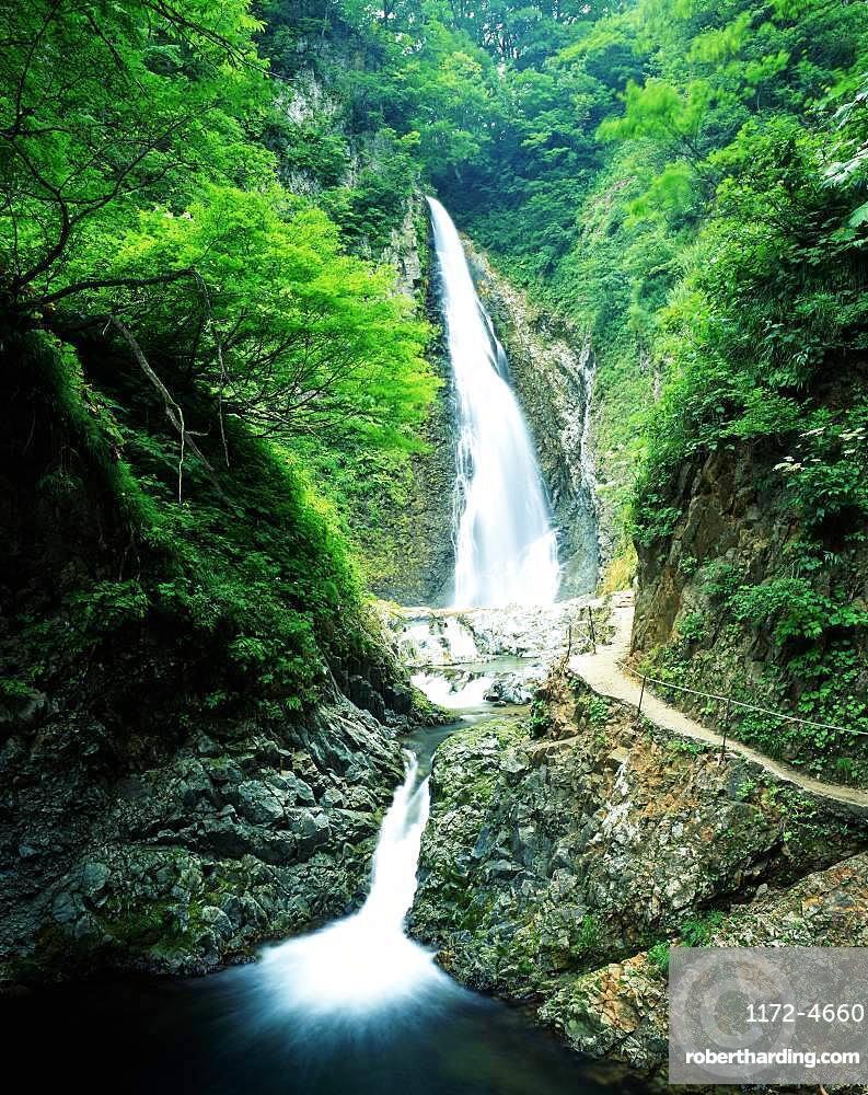 Anmon Falls, Aomori, Japan