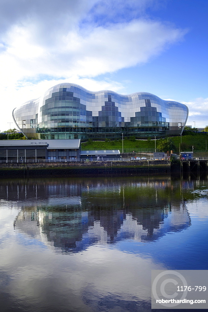 View of the Sage Concert Hall and Arts Centre in Gateshead on the River Tyne, Gateshead, Tyne and Wear, England, United Kingdom, Europe
