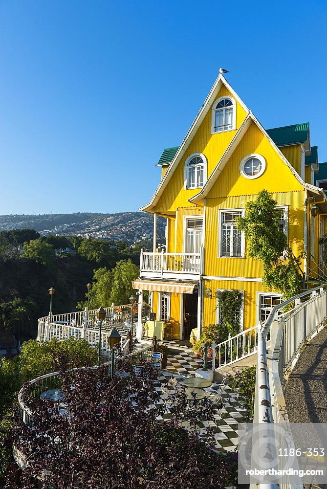 Valparaíso colourful buildings , Chile