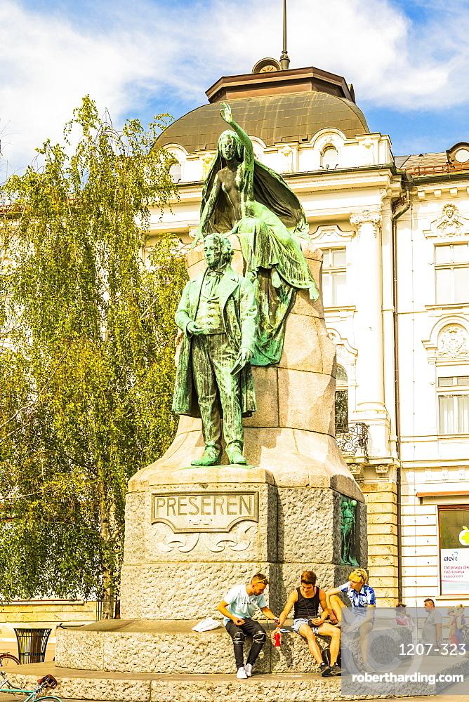 Preseren Monument in Plaza Presernov, Ljubljana, Slovenia, Europe