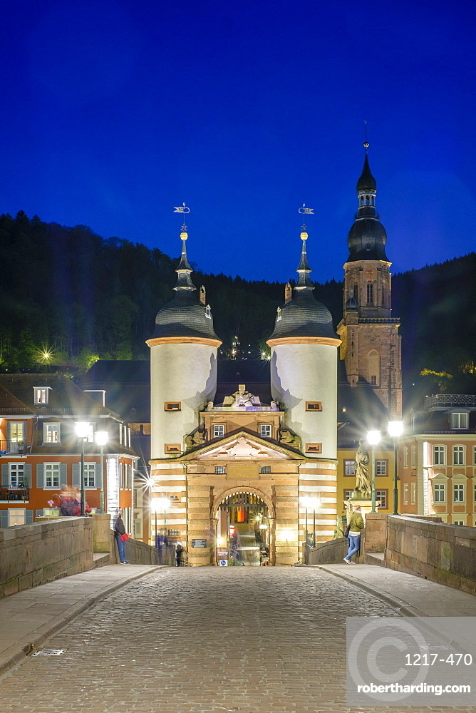 Towers of the Alte Brucke (Old Bridge) in the Altstadt (Old Town) at dusk, Heidelberg, Baden-Wurttemberg, Germany, Europe