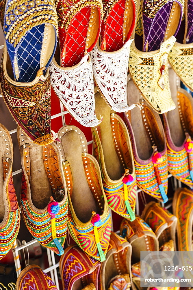 Traditional Arabic slippers for sale in a souk, Deira, Dubai, United Arab Emirates, Middle East