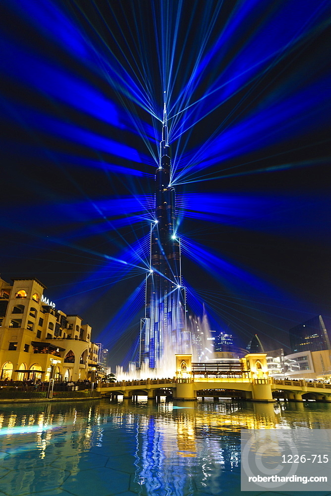 Burj Khalifa Light and Laser Show, Dubai Mall and Burj Khalifa Lake, Dubai, United Arab Emirates, Middle East