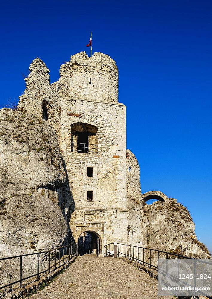 Ogrodzieniec Castle, Podzamcze, Trail of Eagles' Nests, Krakow-Czestochowa Upland or Polish Jura, Silesian Voivodeship, Poland